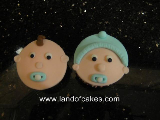 Boy/Girl baby face fondant cupcakes