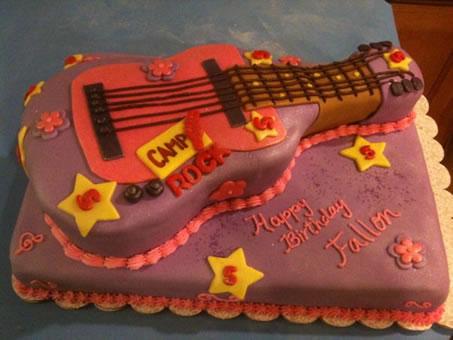 Camprock guitar cake